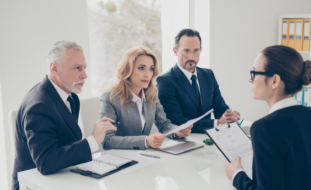 How Do Executive Recruiters Find Candidates